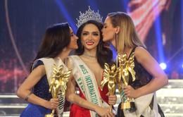Hương Giang Idol xuất sắc đăng quang Hoa hậu Chuyển giới Quốc tế 2018