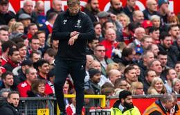 """Thua đau Man Utd, Jurgen Klopp bóng gió """"đổ tại"""" trọng tài"""