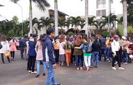Vụ tuyển dụng thừa hơn 600 giáo viên ở Đắk Lắk: Tạm dừng chấm dứt hợp đồng với giáo viên