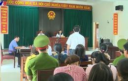 Phú Yên: Xét xử lần 2 vụ 12 giáo viên bị buộc chấm dứt hợp đồng