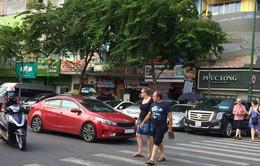 TP.HCM bỏ thu phí đậu xe qua đêm dưới lòng đường