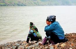 Tìm thấy thêm 1 thi thể nạn nhân trong vụ tai nạn thuyền ở sông Hồng