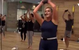 Rèn luyện sức khỏe với ballet và tạ