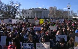 Hạ viện Mỹ thông qua dự luật cải thiện an toàn trường học