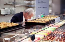 Italy: Mở tiệm bánh trong ngân hàng để thu hút khách