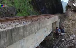 Bất an trên những cầu đường sắt xuống cấp