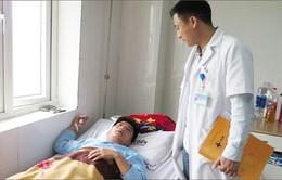 Bộ GD&ĐT đề nghị điều tra vụ thầy giáo bị người nhà học sinh hành hung ở Nghệ An