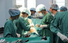 Phẫu thuật thay khớp miễn phí giúp thay đổi cuộc đời bệnh nhân nghèo