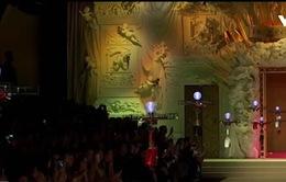 Dolce Gabbana mang máy bay không người lái vào buổi trình diễn thời trang