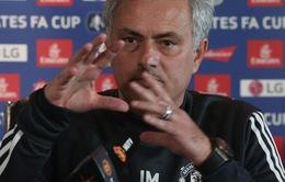 """Man Utd bết bát, Mourinho khẳng định không lo """"mất ghế"""""""