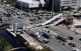 """Cầu đi bộ bị sập tại Miami được xây dựng nhanh """"thần tốc"""""""