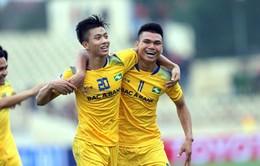 TRỰC TIẾP BÓNG ĐÁ Nuti Café V. League 2018, SLNA 0-1 Sanna Khánh Hòa: Hiệp một