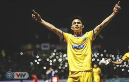 Đình Tùng tỏa sáng, FLC Thanh Hóa giành 3 điểm đầu tiên