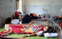 Đồng Nai: Hơn 70 học sinh nhập viện nghi do ngộ độc thực phẩm