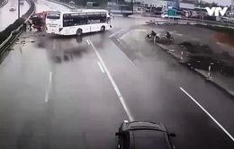 Nhìn lại vụ tai nạn xe khách đâm xe cứu hỏa trên cao tốc Pháp Vân - Cầu Giẽ