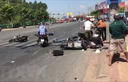 Bình Dương: Tạm giam lái xe khách đâm hàng loạt xe đang chờ đèn đỏ