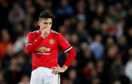 """""""Biến"""" Man Utd: Sanchez thường ăn một mình tại căng tin"""