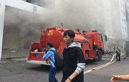 Cháy chung cư tại TP.HCM: Tầng hầm bùng cháy trở lại