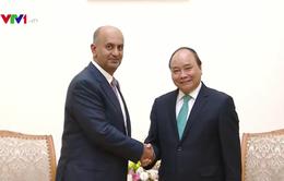 Thủ tướng tiếp Bộ trưởng Thương mại và Công nghiệp Oman