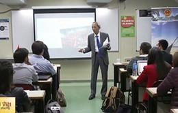 Đại sứ Việt Nam tại Argentina nói chuyện với sinh viên ĐH Kinh doanh Argentina