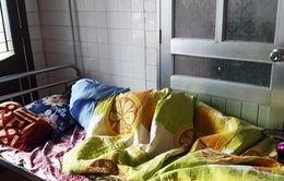 Nghệ An: Tạm giữ phụ huynh đánh cô giáo mang thai