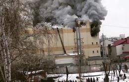 Cháy trung tâm mua sắm ở Nga, 80 người thương vong