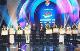 Thủ tướng dự Lễ tuyên dương 10 Gương mặt trẻ Việt Nam tiêu biểu năm 2017