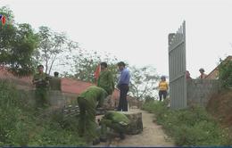 Công tác khắc phục vụ sập cổng trường khiến 2 học sinh thương vong