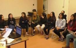Hội sinh viên Việt Nam tại Hungary gặp mặt các sinh viên mới
