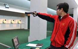 Những áp lực vô hình của HLV bắn súng