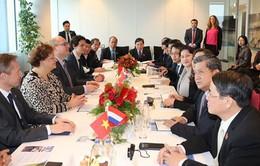 Chủ tịch Quốc hội thăm và làm việc với công ty NACO