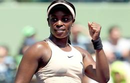 """""""Truyền nhân của Serena Williams"""" tiến vào chung kết Miami mở rộng"""