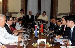 Phó Thủ tướng Phạm Bình Minh hội đàm với Bộ trưởng Bộ Ngoại giao Cuba