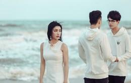 """Tiêu Châu Như Quỳnh đau khổ kể chuyện tình tay 3 trong MV """"Tình yêu không có lỗi"""""""
