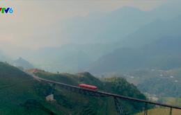 Tuyến tàu hỏa leo núi dài nhất Việt Nam khai trương hôm nay!