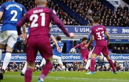 VIDEO: Sane ghi bàn đẹp mắt vào lưới Everton