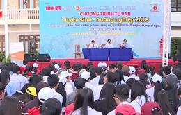 Hàng ngàn học sinh tham gia Ngày hội Tư vấn tuyển sinh tại Khánh Hòa