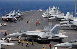 Đoàn công tác liên ngành Việt Nam thăm tàu sân bay Hoa Kỳ USS
