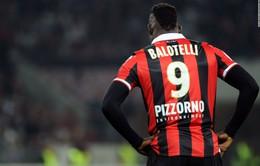 Balotelli: Tôi đã thành công hơn nếu da trắng