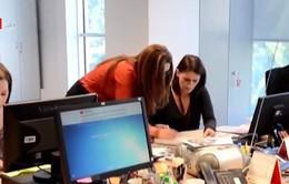 Phụ nữ đối diện với nhiều rào cản trong bổ nhiệm các chức vụ quản lý
