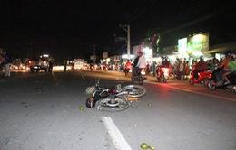 Ô tô khách va chạm với xe máy, 3 người thương vong