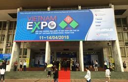 Vietnam Expo 2018 sôi động ngày mở cửa