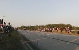 Xe máy và xe tải đối đầu, 2 người tử vong tại chỗ