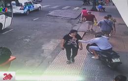 Bị kẻ gian cướp điện thoại khi đang ngồi sau xe ôm