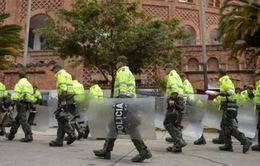 Đánh bom ở Colombia, nhiều cảnh sát thiệt mạng