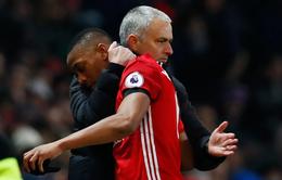"""Mourinho """"chơi bài ngửa"""" về tương lai Martial, Rashford tại Man Utd"""