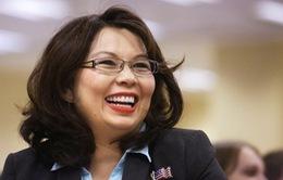 Thượng nghị sĩ Mỹ sinh con ở tuổi 50