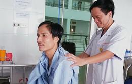 Giải cứu người đàn ông 7 tháng trời ho ra máu
