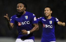 5 trận ghi 8 bàn, Oseni đi vào lịch sử V.League