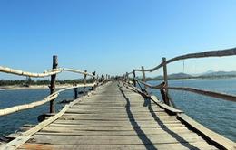Cây cầu gỗ dài nhất Việt Nam: Điểm đến hấp dẫn tại Phú Yên